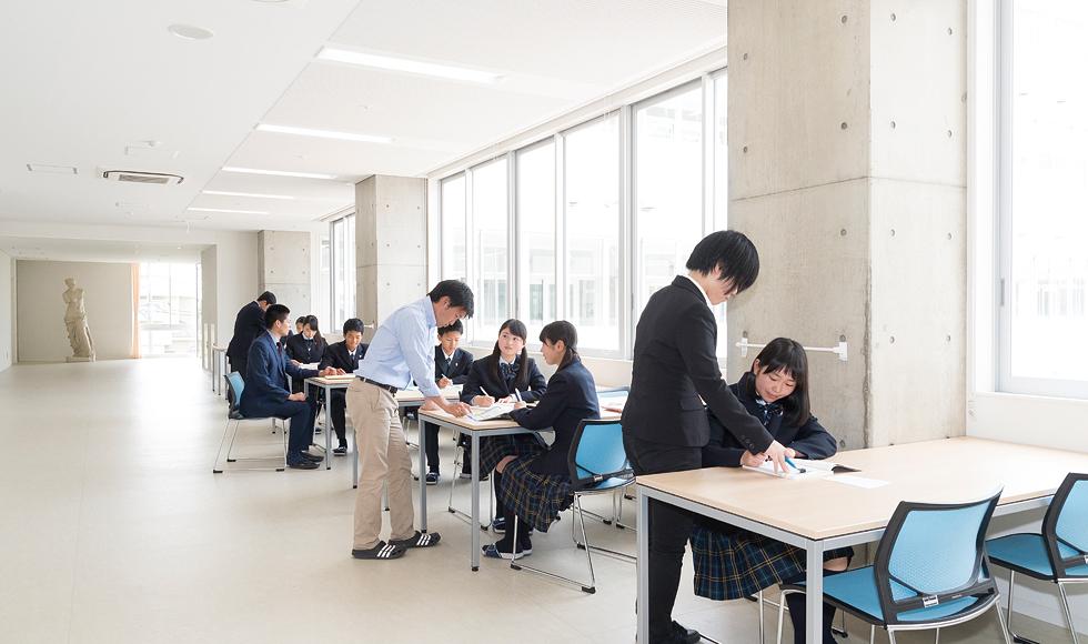 職員室&学習スペース
