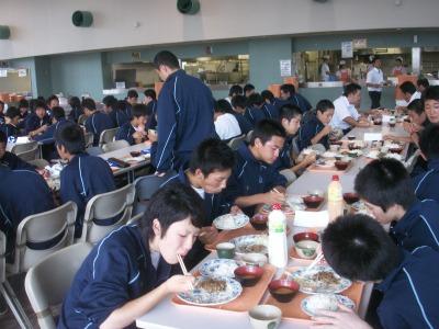 健志台食堂