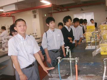 日本大学生産工学部見学1